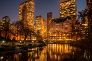 new_york_city_bathed_in_gold_30067500